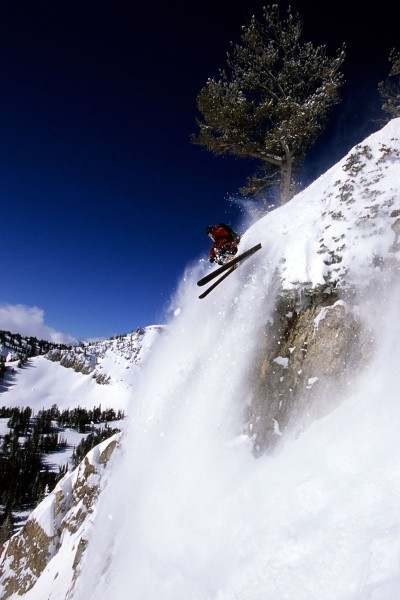 Jason Anthony skiing